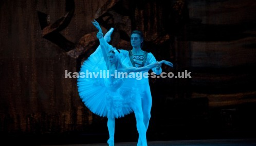 Swan Lake Act 2.  Olga Smirnova, Denis Rodkin. Royal Opera House, Covent Garden